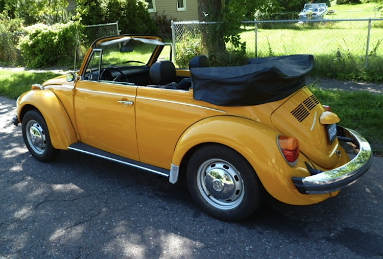 Car paint color samples - Example Of Marino Yellow Paint On A 1978 Volkswagen Beetle