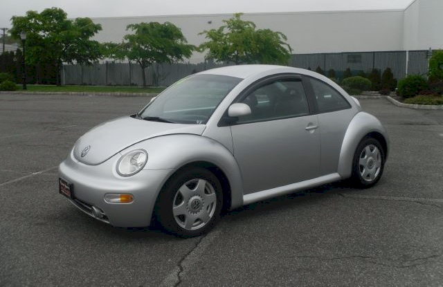 Silver Arrow 1998 Volkswagen Beetle