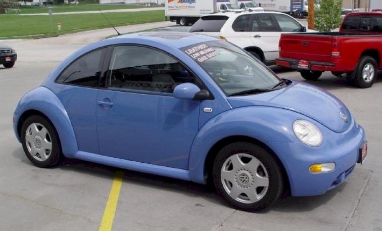 Example Of Vortex Blue Paint On A 2001 Volkswagen Beetle