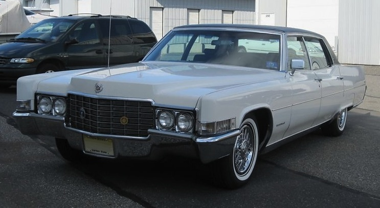 Cotillion White 1969 Cadillac Fleetwood Brougham