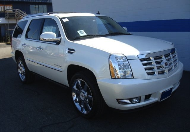 white diamond 2011 cadillac escalade paint cross reference