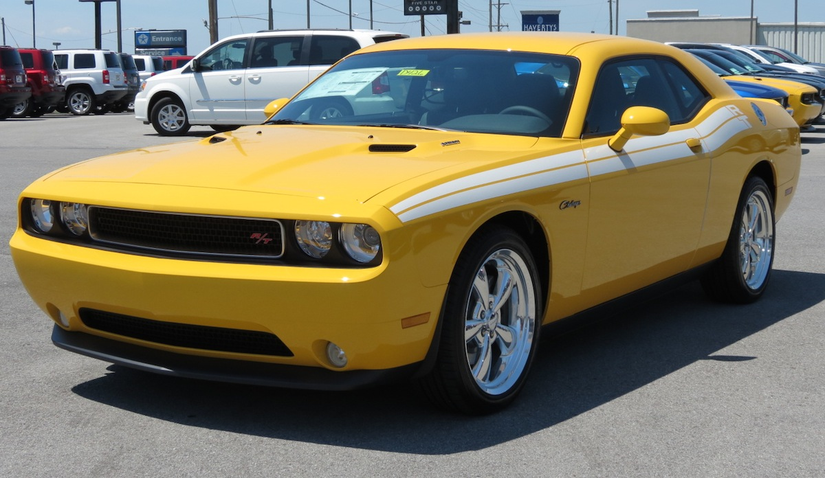 Stinger Yellow 2012 Chrysler Challenger