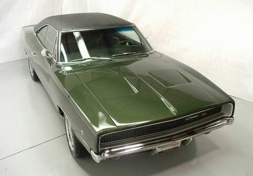 Racing Green 1968 chrysler Dodge charger R/T