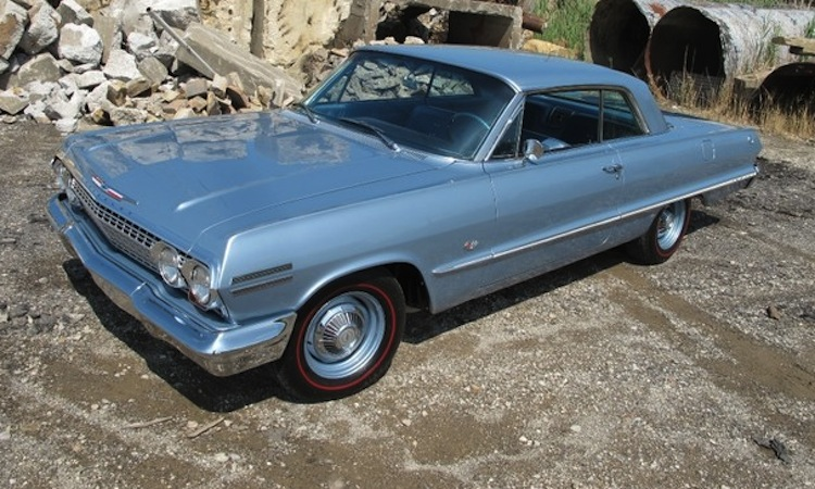 Example Of Silver Blue Paint On A Gm 1963 Chevrolet Impala