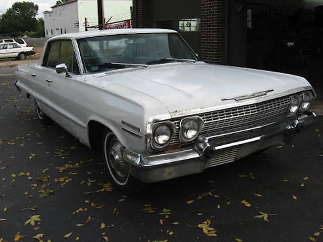 Ermine White 1963 GM Chevrolet Impala