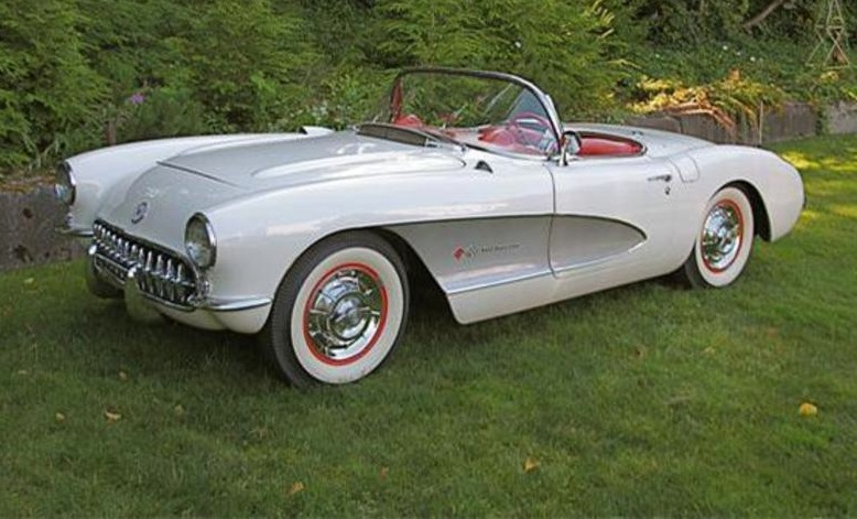Polo White 1957 GM Chevrolet Corvette
