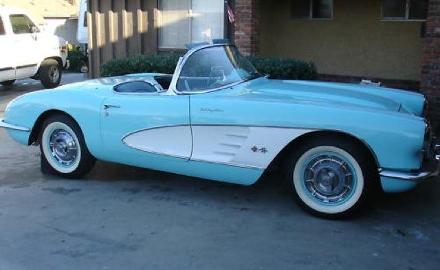 Crown Sapphire 1959 GM Chevrolet Corvette