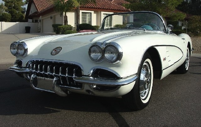 Ermine White 1960 GM Chevrolet Corvette