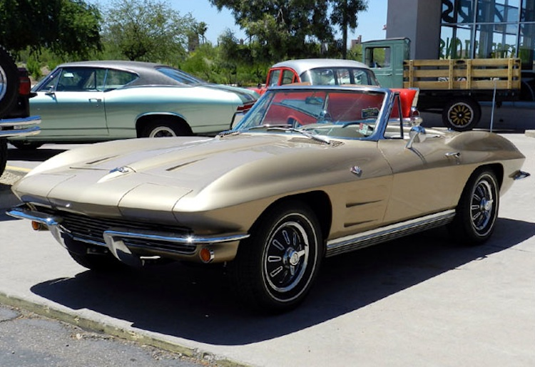 Saddle Tan 1964 GM Chevrolet Corvette