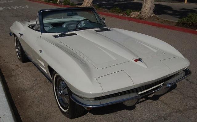 Ermine White 1964 GM Chevrolet Corvette