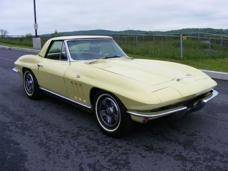 Sunfire Yellow 1966 GM Chevrolet Corvette