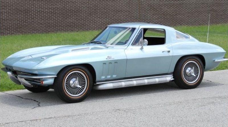 Trophy Blue 1966 GM Chevrolet Corvette