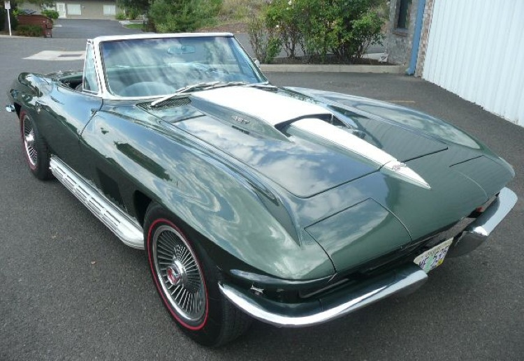 Goodwood Green 1967 GM Chevrolet Corvette