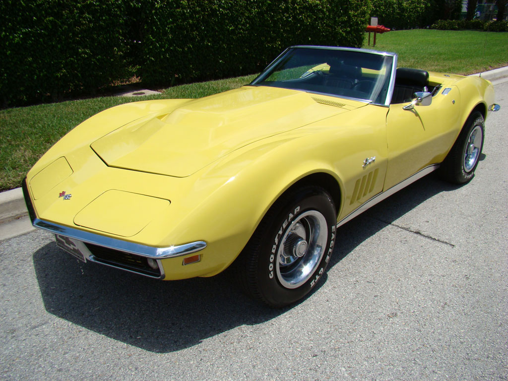 Daytona Yellow 1969 GM Chevrolet Corvette