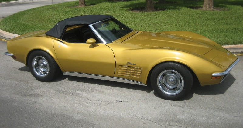 War Bonnet Yellow 1971 GM Chevrolet Corvette