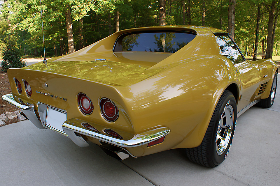 War Bonnet Yellow 1972 GM Chevrolet Corvette