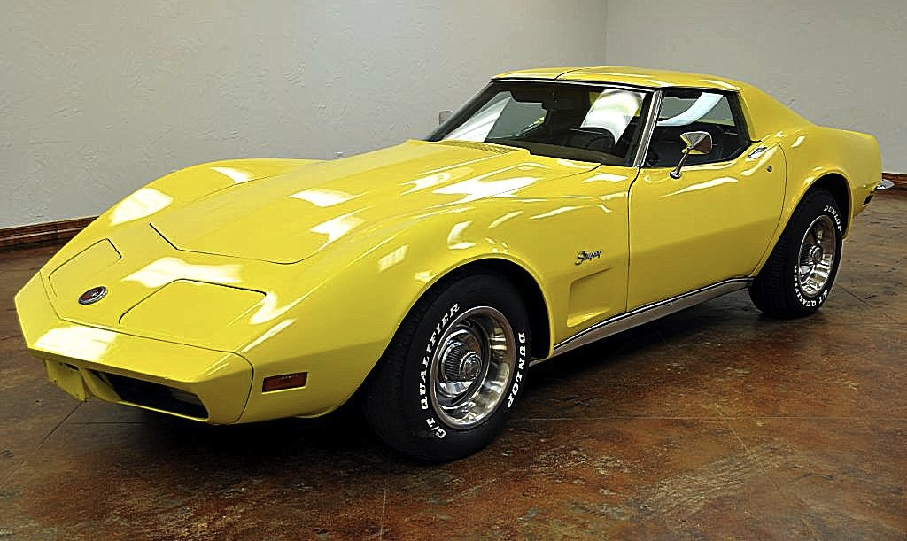 Light Yellow 1973 GM Chevrolet Corvette