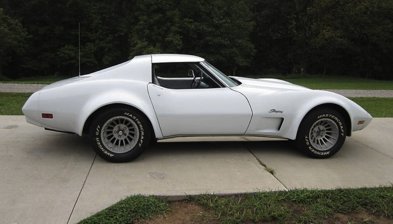 Classic White 1974 GM Chevrolet Corvette