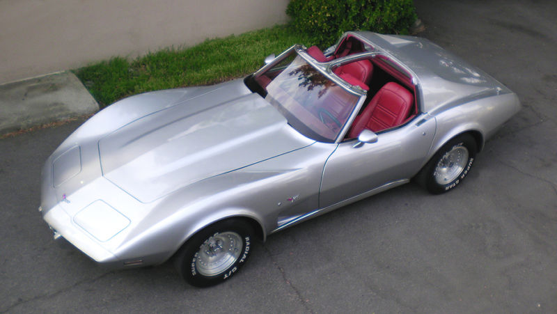 Silver 1977 GM Chevrolet Corvette