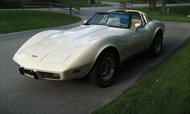 Frost Beige 1979 GM Chevrolet Corvette