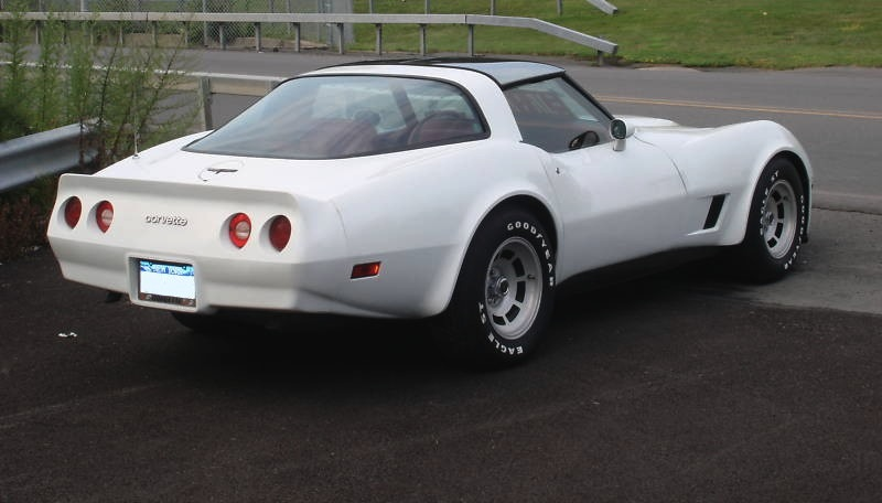 Classic White 1981 GM Chevrolet Corvette