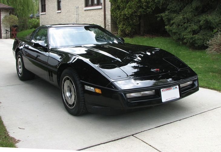 Black 1985 GM Chevrolet Corvette
