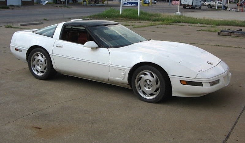 White 1987 GM Chevrolet Corvette