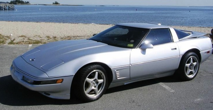 Silver 1988 GM Chevrolet Corvette