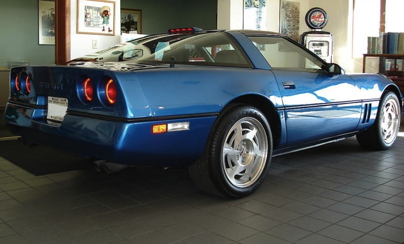 Quasar Blue 1990 GM Chevrolet Corvette