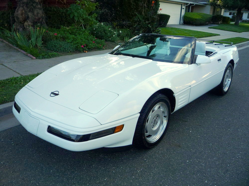 White 1992 GM Chevrolet Corvette