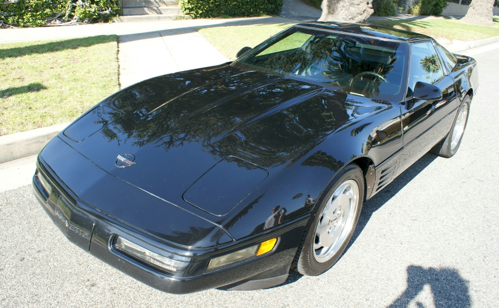 Black 1993 gm Chevrolet Corvette Coupe