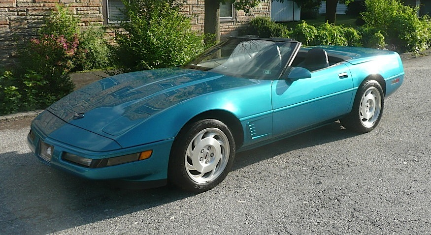 Bright Aqua 1995 GM Chevrolet Corvette