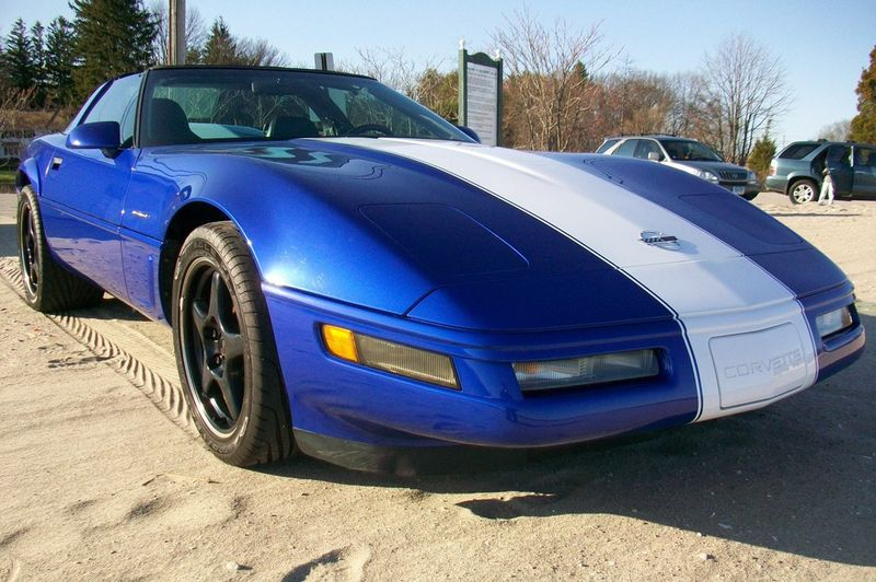 Admiral Blue 1996 GM Chevrolet Corvette
