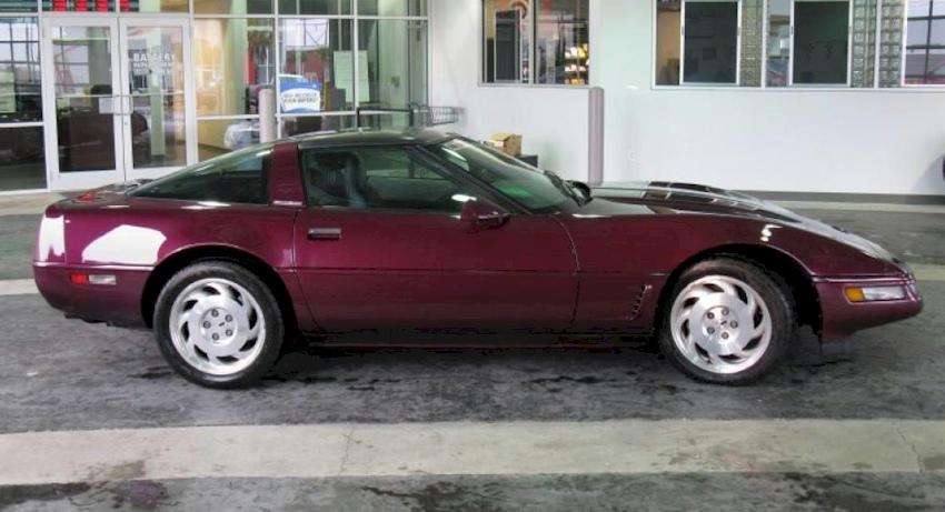 Dark Purple 1996 GM Chevrolet Corvette