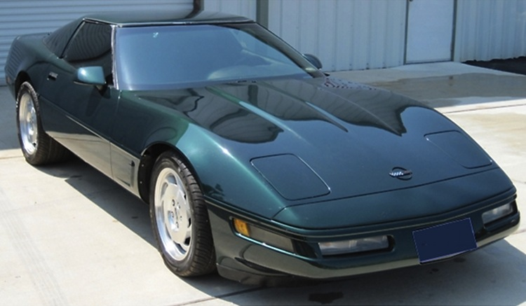 Polo Green 1996 GM Chevrolet Corvette