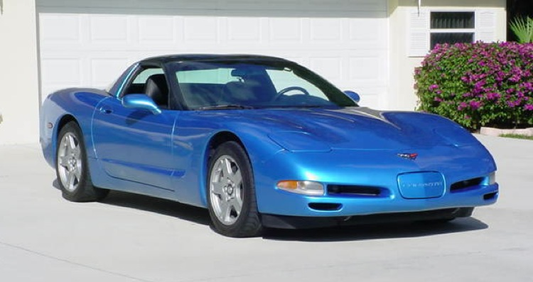 Nassau Blue 1998 GM Chevrolet Corvette