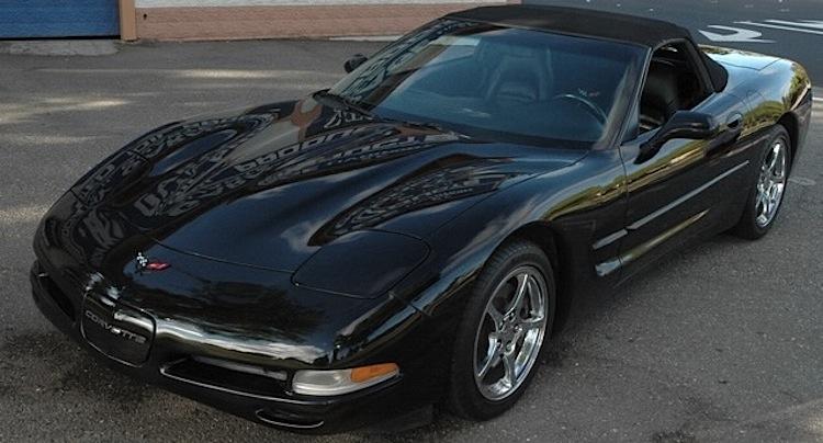 Black 1999 GM Chevrolet Corvette