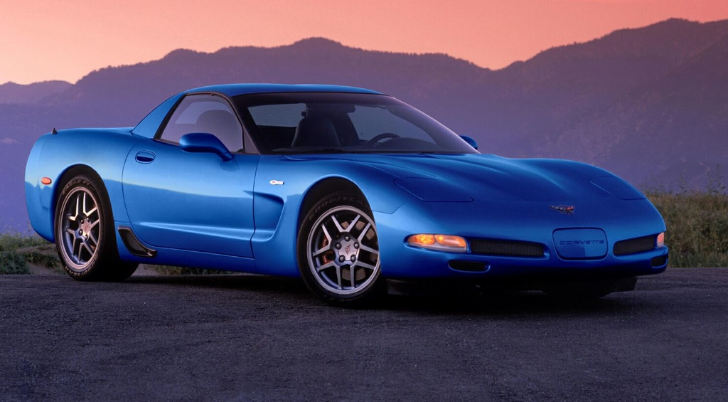 Nassau Blue 2000 GM Chevrolet Corvette