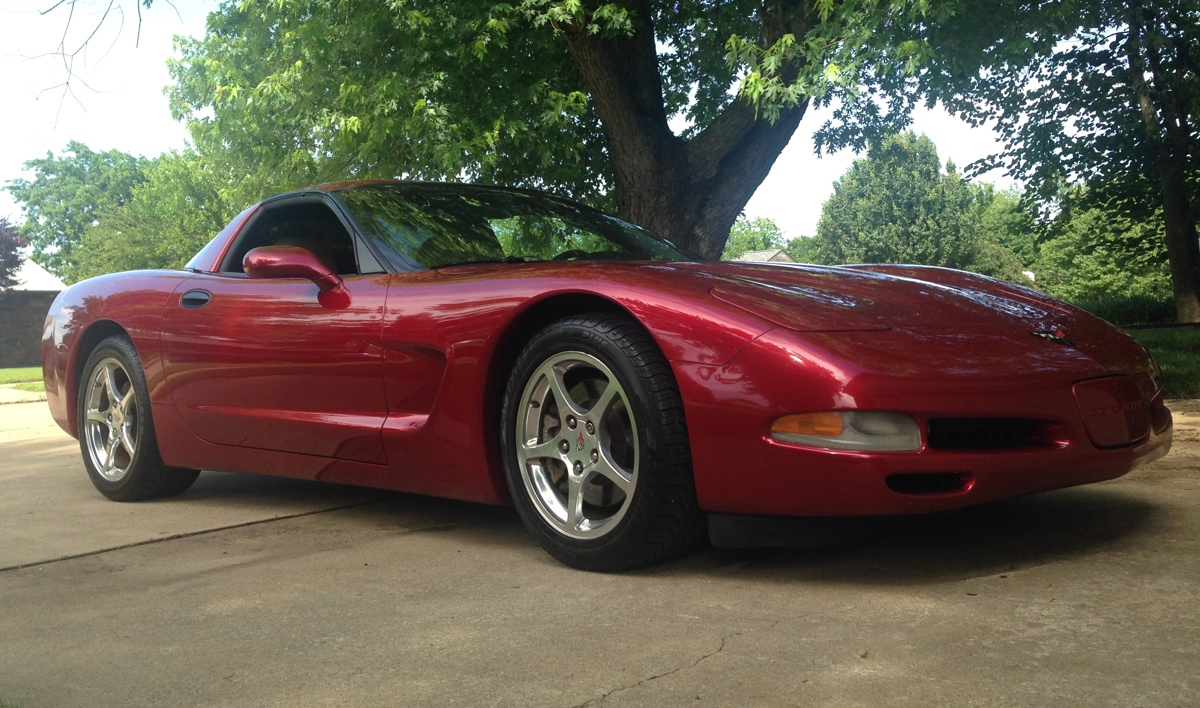 Magnetic Red 2001 GM Chevrolet Corvette