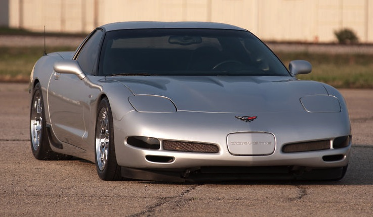 Quicksilver 2002 GM Chevrolet Corvette