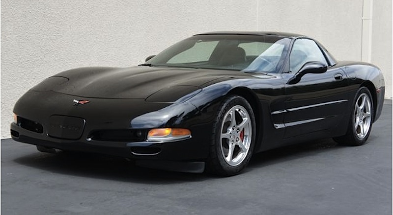 Black 2004 GM Chevrolet Corvette