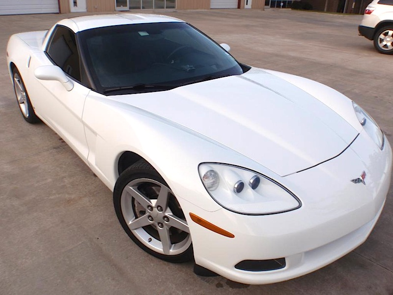 Arctic White 2006 GM Chevrolet Corvette