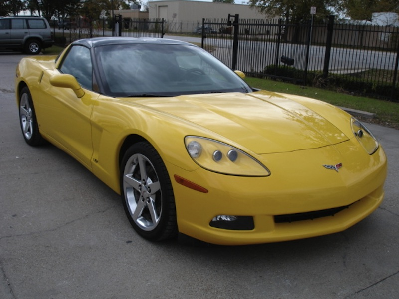 Velocity Yellow 2006 GM Chevrolet Corvette LS2