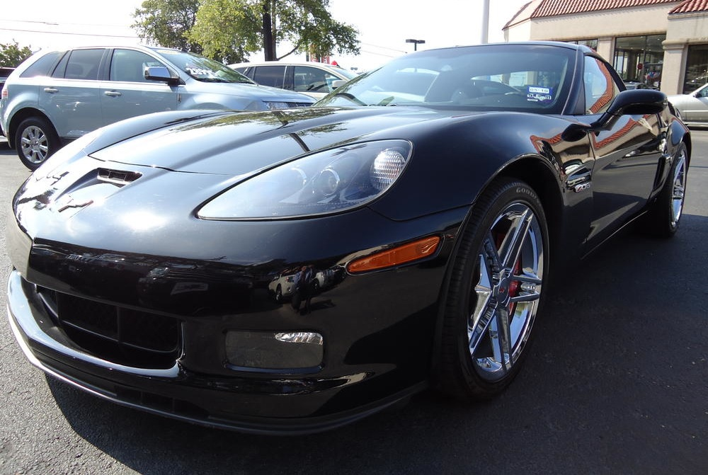 Black 2009 GM Corvette 