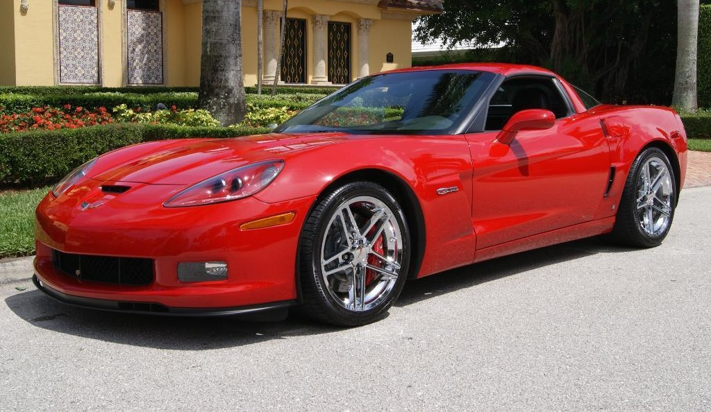 Victory Red 2009 GM Chevrolet Corvette