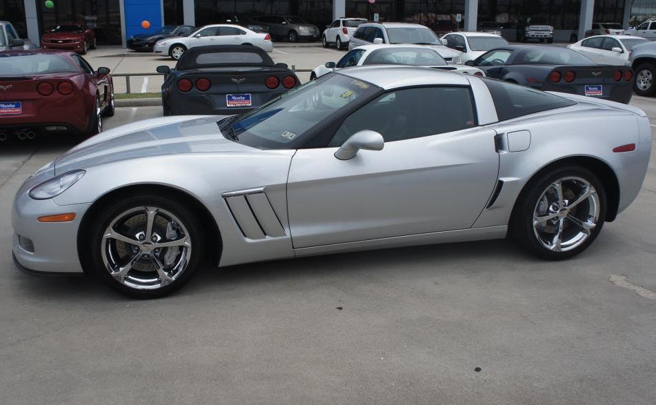 Blade Silver 2013 GM Chevrolet Corvette
