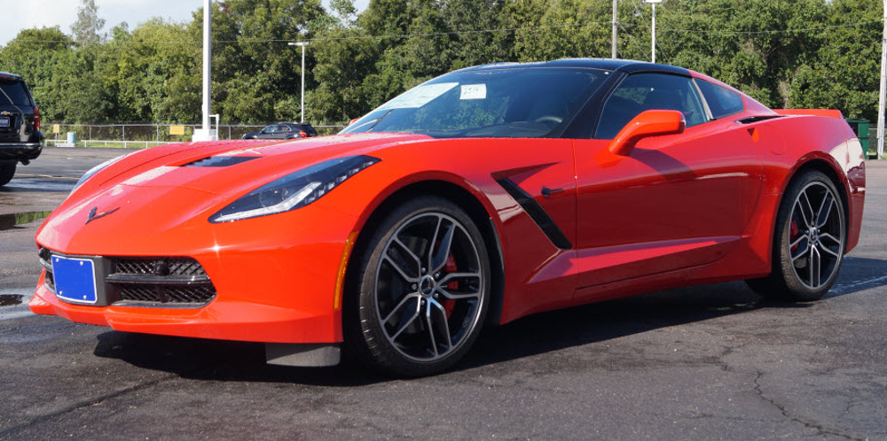 Torch Red 2017 GM Chevrolet Corvette Z51