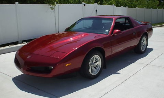 Brilliant Red 1991 GM Pontiac Firebird