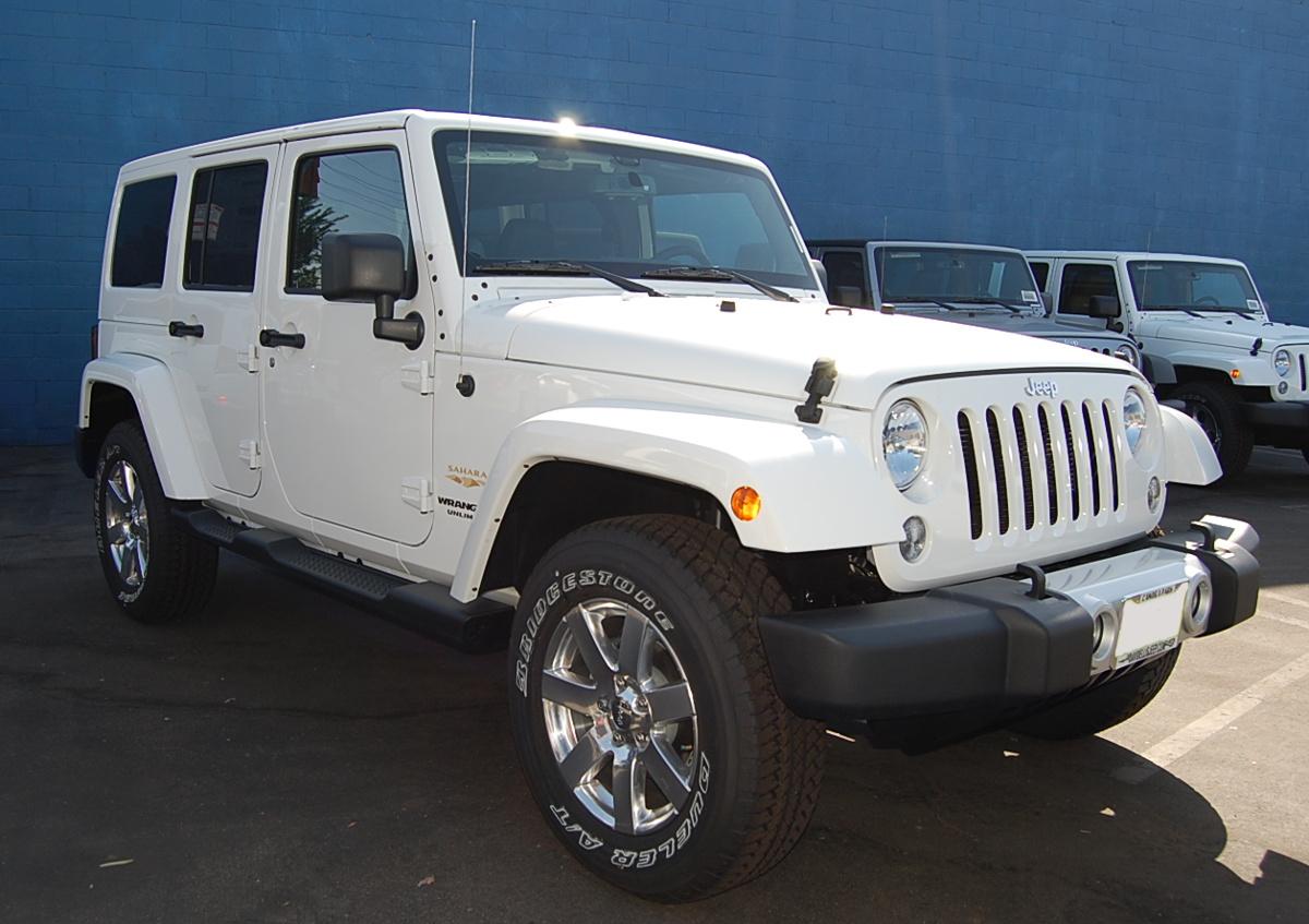 Bright White 2014 Jeep Wrangler