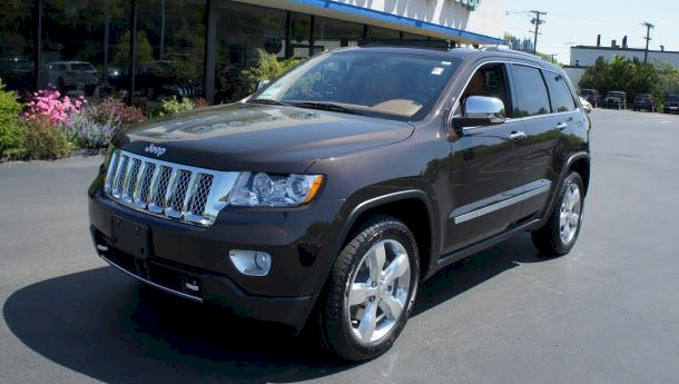 Rugged Brown 2013 Jeep Grand Cherokee
